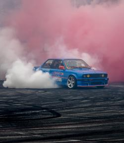 red smoke, burnout, drift, ecoopony